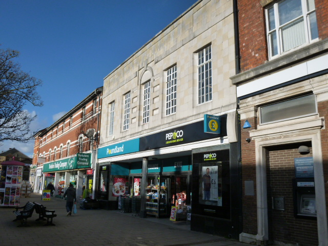 Gallery image for Prime retail investment